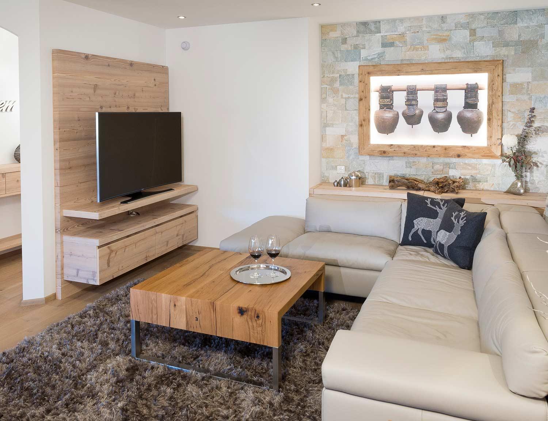 Moderner Chalet Stil: Wohnzimmer